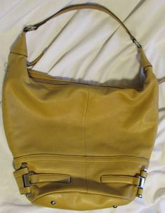 3d65509a00 B.Makowsky handbag Bucket hobo british Tan silver hardware medium size   BMakowsky  Hobo