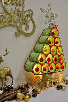 Empress Wu Designs with Wilma : Christmas Countdown Christmas Tree - Canned! Creative Christmas Trees, Christmas Tree Crafts, Christmas Countdown, Xmas Tree, All Things Christmas, Christmas Decorations, Christmas Ornaments, Christmas Ideas, Holiday Ideas