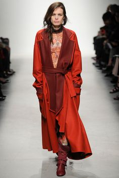 Leonard | Fall 2014 Ready-to-Wear Collection | Style.com
