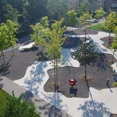 Central Plaza: Cooperative Housing Katzenbach by Robin Winogrond Landschaftsarchitekten