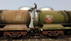 Iran overtakes Saudi Arabia as top oil supplier to India