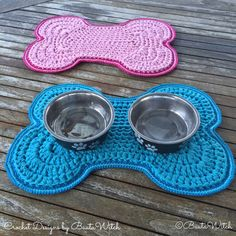 "Such a lovely idea. Dog lovers will understand :) The pattern is in Swedish but there are many progress pictures and you can also use a ""translate"" button on @BautaWitch blog."