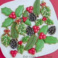 Holly, Mistletoe, Pine-tree Branch and Cone, Berries...our new mini Christmas Greenery Cookie Cutter Set has it all!
