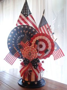 12-beauty-patriotic-july-4th-centerpiece-ideas-easy-decor-project-for-holiday-party (4) by camilaconley2268