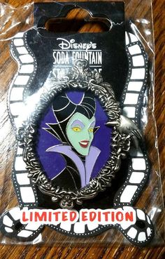 Disney Pin 79949 DSF - Maleficent Frame LE 300 MOC