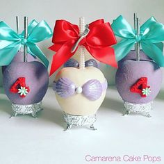 Mermaid Apples #chocolateapples #candyapples #mermaidapples #undertheseaapples #treats #desserts #desserttable #4thbirthday #fondantnumbers #satinbows #mermaidbows #littlemermaid #candypearls #sugarcoated #ghirardellichocolate #purplechocolate #applestands #forkcomb #aquasilver #dtla. #usc #LA