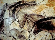 Chauvet Cave Art: The Chauvet Cave is one of the most famous prehistoric rock art sites in the world. With one exception, all of the cave art paintings have been dated between & years ago. Lascaux Cave Paintings, Chauvet Cave, Horse Paintings, Art Pariétal, Paleolithic Art, Art Rupestre, Cave Drawings, Art Antique, Horses