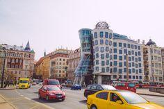 La maison dansante Restaurants, Times Square, Street View, Voyage Europe, Travel, France, Visit Prague, Vacation, Home