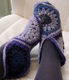 Hexagon slippers - not a big one on crocheting but I think I am going to try this. They look really warm.