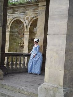 18thc costume,This outfit is based on the blue Traveling gown from Marie Antionette