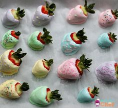 """Healthy Easter Treat for Kids: Yogurt-Dipped Strawberry """"Easter Eggs"""" — Nomster Chef Healthy Birthday Treats, Birthday Party Snacks, Healthy Treats, Healthy Eating, Healthy Drinks, Easter Snacks, Easter Treats, Easter Recipes, Easter Desserts"""
