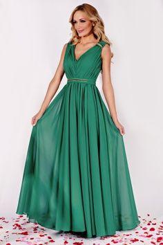Rochie eleganta lunga verde din matase Bridesmaid Dresses, Wedding Dresses, Hair Beauty, Nasa, Gowns, Formal Dresses, Womens Fashion, Maxis, Fancy