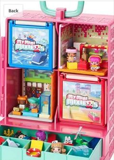 With this large, bright pink Mega Mall storage and play case, you can take your Mini MixieQ's collection to go! Styled like an apartment, there are multiple levels for your tiny, trendy friends to live in! Take the escalator up and down to visit them! The play case includes 1 visible My Mini MixieQ's figure and 1 Mystery figure, both with Pop and Swap hair and outfits, to start the mix and match play right away. Display your favorite mini character creations in the windows and customize the…