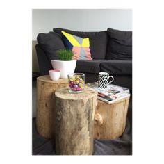 Hello spring!  #spring #frühling #home #inspiration #livingroom #wohnzimmer #interior #decoration #coffeetable #wood #woodlog #treelog #holz #magazines #ikea