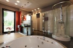 Our kitchen & bath remodeling specialists are the most preferred in Memorial, Houston, TX. Reach Creative Additions and Renovations and call (713) 306-6497.