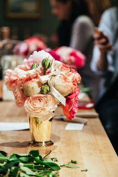 Rosé Bouquet by Belle Fleur Floral Arranging Class Bright Flowers, Fresh Flowers, My Flower, Flower Power, Gold Vases, English Roses, Flower Centerpieces, Rose Bouquet, Luxury Wedding