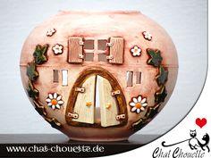 Elfenhaus Windlicht aus Keramik von Chat Chouette auf DaWanda.com