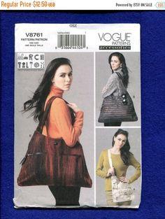7c70efa8c2 15% off Sale Vogue 8761 Designer Shoulder   Tote Bags by Marcy Tilton UNCUT  Marcy