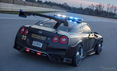 ニューヨークモーターショーに日産GT-Rのパトカーが! | レスポンス チャンネル