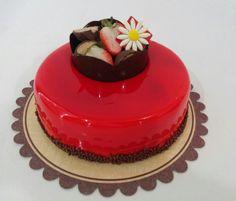 #glaçagem #glaze #margaridas #vermelha #red #chocolate #sejafoda #feliperochadecorcakee