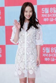 love this blumarine dress on ji-hyo!