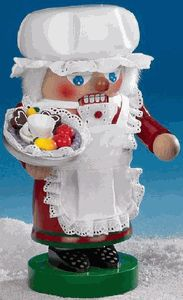 New Steinbach Nutcrackers Troll Mrs. Santa