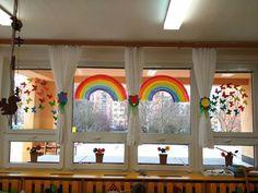okna Rainbow Painting, Valance Curtains, Windows, Tempera, Facebook, School, Spring, Home Decor, Homemade Home Decor
