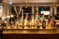 Eine gute Auswahl an Drinks in der Cathay Pacific First Class Lounge \