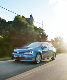 2013 Volkswagen Golf UK-Version   http://rentpoint.tn