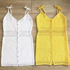Fabulous Crochet a Little Black Crochet Dress Ideas. Georgeous Crochet a Little Black Crochet Dress Ideas. Mode Crochet, Crochet Yarn, Crochet Stitches, Crochet Patterns, Crochet Summer Tops, Crochet Tops, Black Crochet Dress, Crochet Woman, Crochet Fashion