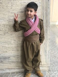 Kurdistan Peace Signs, Middle East, Ethnic, Culture, Country, Children, People, Fashion, Peace Symbols
