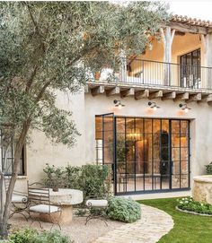 Dream house in Mediterranean style with rustic interiors in the Arizona desert . - Dream house in Mediterranean style with rustic interiors in the Arizona desert … - Style At Home, Design Exterior, Exterior Siding, Colonial Exterior, Rustic Houses Exterior, Interior And Exterior, Spanish Style Homes, Spanish Style Interiors, Spanish Revival
