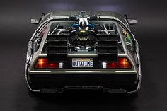 Image of Hot Toys x Back to the Future DeLorean Time Machine Collectible