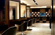 Nail Salon Interior Decoration Ideas Gielly Green London UK Design  | Homy Home