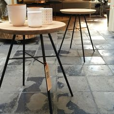 The Disc stools are in again. Come and see this beautiful tables