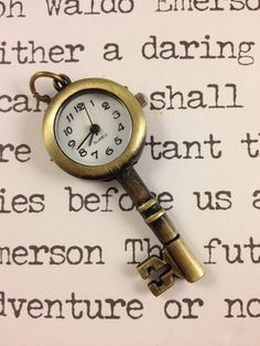 Vintage Style Bronze Skeleton Key Clock Pocket by hodgepodgery,- LOVE!!
