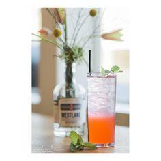 Our delicious adult Lavish raspberry lemonade- vodka, lemonade, & club soda. Lavish Bar Services | Ravishing Radish Catering | Alante Photography