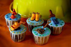 #construction cupcakes