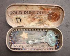 """Altered altoids tin- would be great to recreate as a """"key to my heart"""""""