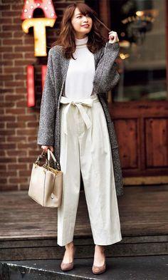 Fashion Pants, Fashion Outfits, Womens Fashion, Classy Outfits, Casual Outfits, Fall Outfits, Japanese Minimalist Fashion, Uniqlo Style, Office Outfits Women