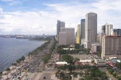 Philippines, Manila, Roxas Boulevard, from World Great Cities. Publish your photos on www.worldgreatcities.com.