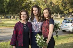 Gilmore Girls: The Style Then and Now