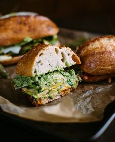 summer squash sandwich w/ garlic scape aioli