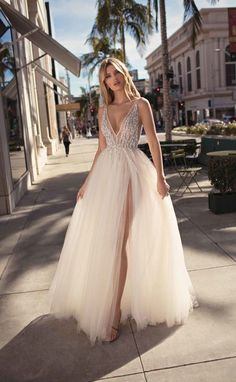 MUSE by Berta Spring 2019 Collection.theweddingnot… MUSE by Berta Spring 2019 Collection. Berta Bridal, Bridal Gowns, Wedding Gowns, Tulle Wedding, Short Girl Wedding Dress, Spring Wedding, Slit Wedding Dress, Wedding Outfits, Wedding Rings