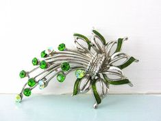 Your place to buy and sell all things handmade Green Flowers, Magpie, Leaf Design, Flower Brooch, Cottage Chic, Vintage Brooches, Bridal Accessories, Etsy Store, 1950s