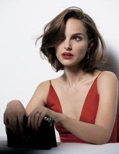 Natalie Portmann, überschulterlanger Haarschnitt, kastanienbraune Haare, stilvolle Frisur