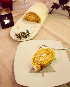 Bûche de Noël - gâteau roulé poire vanille et chocolat blanc !!! Délicieuse !!
