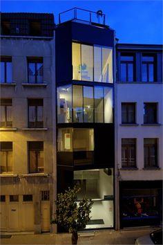 NEST, Anversa, 2009