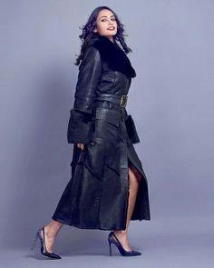 Haină de blană! #hainadeblananaturala #hainaneagra #hainaiacob #iacobprod #haine #hainalungadeblana Goth, Girls, Style, Fashion, Gothic, Little Girls, Swag, Moda, Daughters