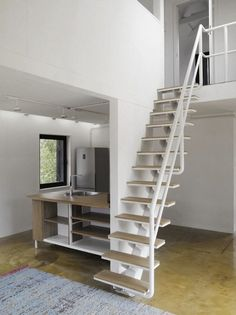 VolgaDacha: The House with Clean and Minimal Space
